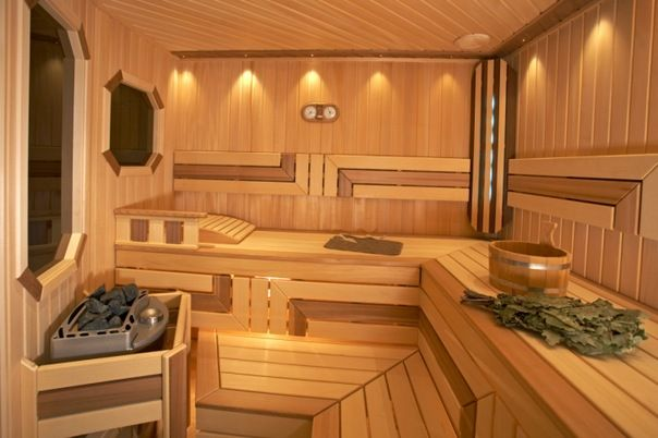 Чем лучше обшить баню изнутри?