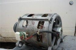 Motorul mașinii de spălat
