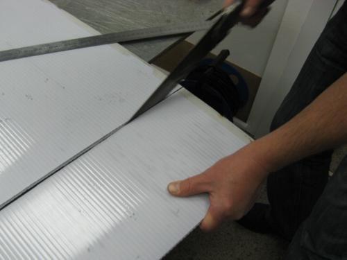 Как разрезать поликарбонат?