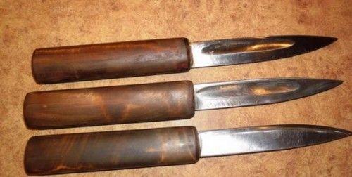 Cum de a face un cuțit falsificat cu mâinile?