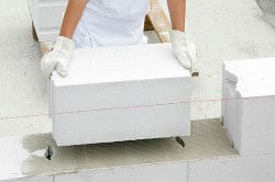 De stabilire blocuri de beton pe compoziția adezivă