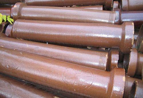 Caracteristici ale aplicației și instalarea conductei din ceramica