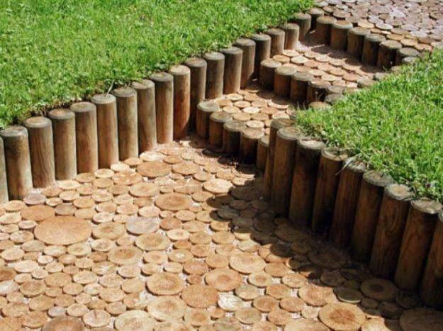 Дорожка из деревянных блях