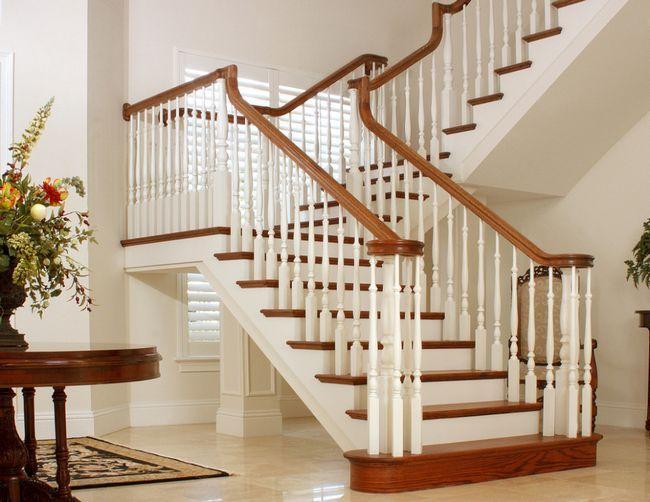 Instalarea balustri pe scări
