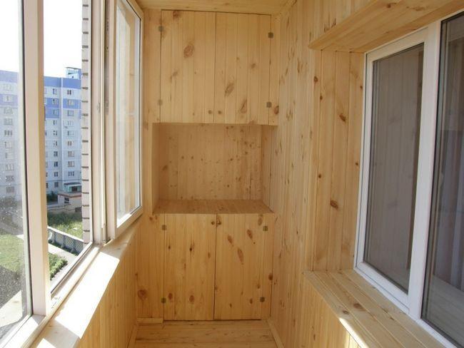 Варианты внутренней отделки балкона