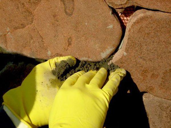 Варианты затирки швов между плиткой и между камнями